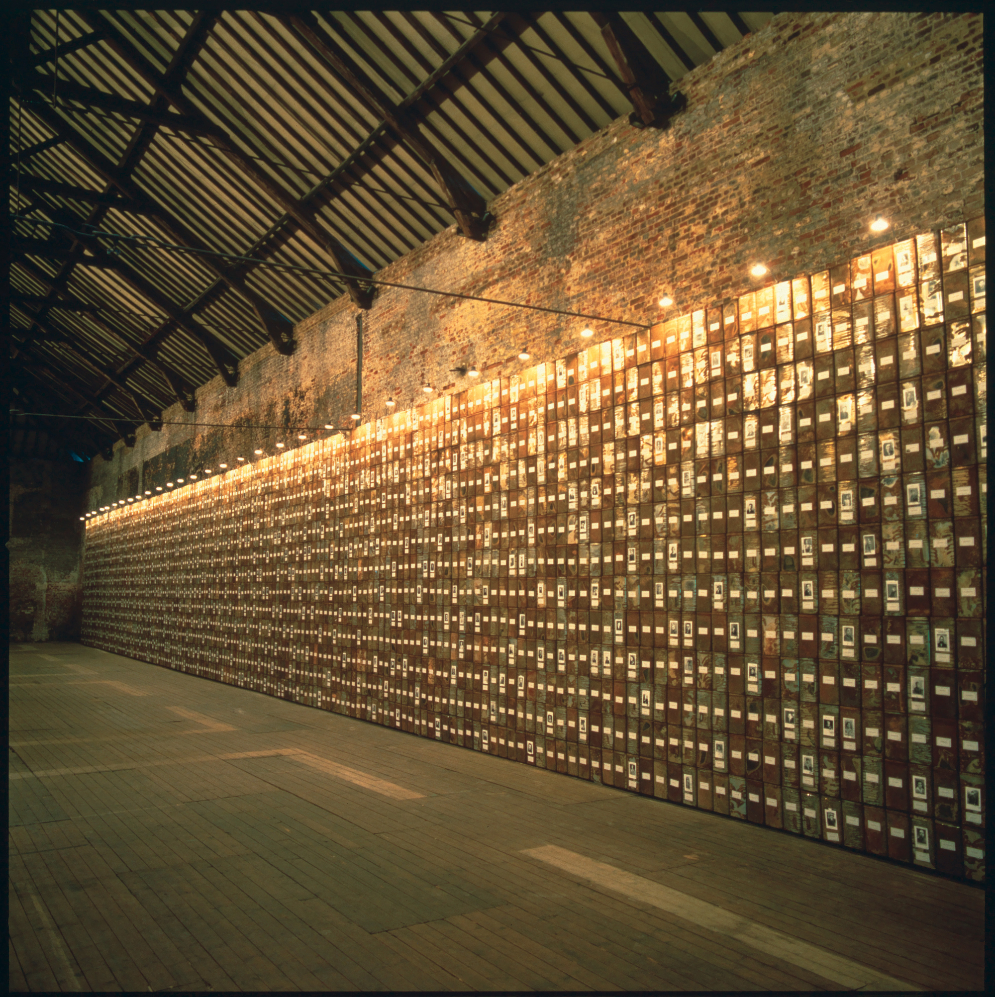 MACS - Œuvres de la collection - Christian Boltanski - Les Registres du Grand-Hornu